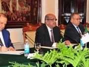 越南愿与阿尔及利亚深化合作关系
