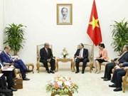 越南政府总理阮春福会见阿尔及利亚外长迈萨赫勒