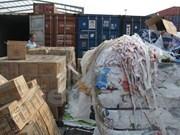 政府总理要求加大对废弃物进口的管理