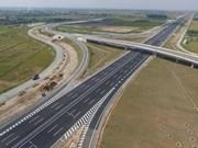 广宁省下龙市至海防市的高速公路即将开通 吸引人民群众的关注