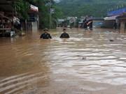暴雨洪水造成至少6人死亡和失踪