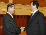 阮晋勇总理会见老挝副总理宋沙瓦·凌沙瓦