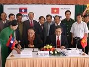 完成越南昆嵩—老挝阿速坡段勘界立碑工作