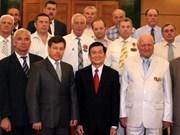 越南领导会见俄罗斯、乌克兰和白俄罗斯退伍军人代表团