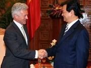 阮晋勇总理会见英国国际发展部长邓肯