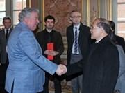 国会主席阮生雄对比利时和欧洲议会进行正式访问