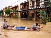 政府出资帮助各灾区克服洪水影响