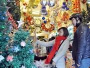 河内各阶层人民喜迎圣诞节