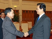 越南政府总理会见老挝公安部部长