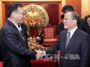 越南国会主席阮生雄会见日本自民党党首谷垣祯一