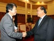 政府副总理阮春福会见日本法务省大臣