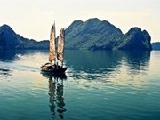 越南下龙湾正式成为世界新七大自然奇观之一