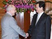 越南政府总理阮晋勇会见罗马尼亚驻越大使奥拉鲁