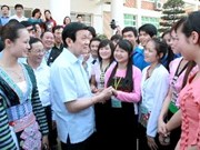 国家主席张晋创探访西北大学