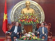 越南领导会见中国人民争取和平与裁军协会代表团