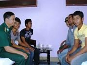 庆和省向菲律宾移交5名渔民