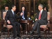 中国愿把中国--东盟关系放在首要优先位置