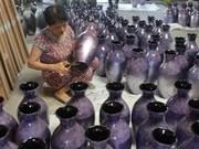 河内传统手工艺村旅游联欢会为游客献上一场文化盛宴