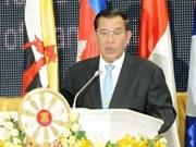 柬埔寨首相洪森承诺将竭尽全力服务国家与人民