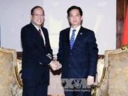 阮晋勇总理会见菲律宾总统