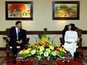 加强越南胡志明市与中国青海省在各领域上的合作