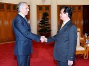 阮晋勇总理会见俄罗斯天然气工业石油公司总裁