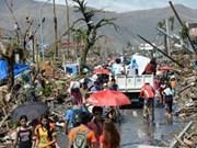"""超强台风""""海燕""""重创菲律宾 国际社会承诺提供援助"""