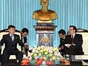 朝鲜劳动新闻报代表团访问越南