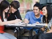 2012-2013学年赴美留学的越南与国际学生继续猛增