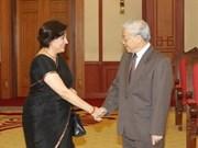 越共中央总书记阮富仲会见印度新任驻越大使