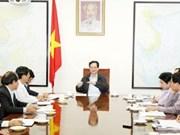 阮晋勇总理分别与宁顺、平福两省领导人举行工作会议