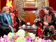 越南国会副主席会见UNICEF驻越首席代表