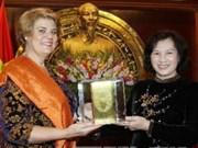 越南国会副主席阮氏金银荣获UNICEF人道奖励