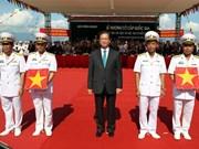 """""""河内""""号HQ-182和""""胡志明""""号HQ-183潜艇举行升旗仪式"""