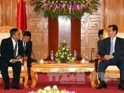 阮晋勇总理分别会见阿联酋和缅甸新任驻越大使