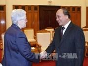 越南政府副总理阮春福会见美国客人