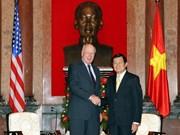 越南国家主席会见美国参议院临时议长