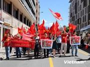 旅居法国越南人社群心系祖国家乡海洋海岛