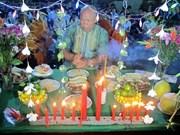 茶荣省高棉族同胞拜月节:对月神表达感恩之心