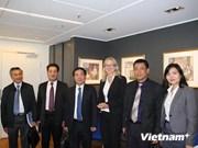 越南海防市代表团访问挪威寻找贸易投资合作机会