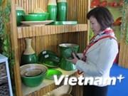 """河内市各家企业积极响应""""越南人优先使用越南货""""运动"""