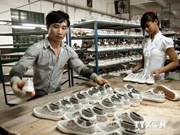 越南政府2014年7月例行会议决议:推动生产发展化解企业困难