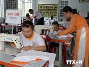努力帮助越南橙毒剂受害者摆脱生活中的困难