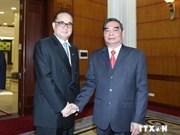 越共中央书记处常务书记黎鸿英会见朝鲜外务相