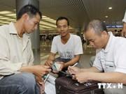越南近200名劳动者空运撤离利比亚