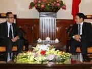 越南政府副总理兼外长范平明会见文莱驻越大使