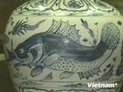 越南古代瓷器亮相新加坡陶瓷展会