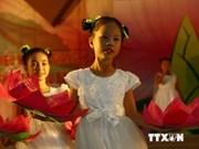 越南国家主席向全国少年儿童致中秋贺信
