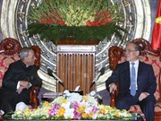 越南国会主席阮生雄会见印度总统