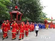 越南海阳省昆山劫泊秋天庙会接待游客量达8万多人次